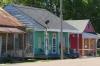 Colourful houses on Broadway, Wyndham Gardens Hotel, Natchez MS